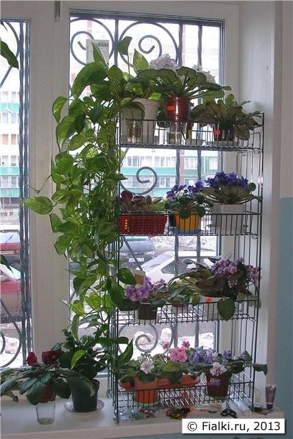 Полочка для цветов на окно