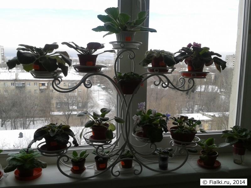 Подставки для цветов своими руками на окно